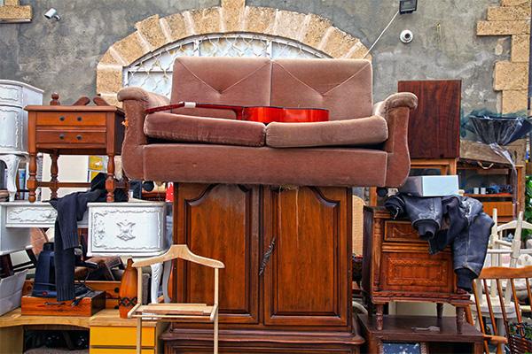 Astounding Junk Removal Old Furniture Yard Debris Old Appliances Download Free Architecture Designs Scobabritishbridgeorg